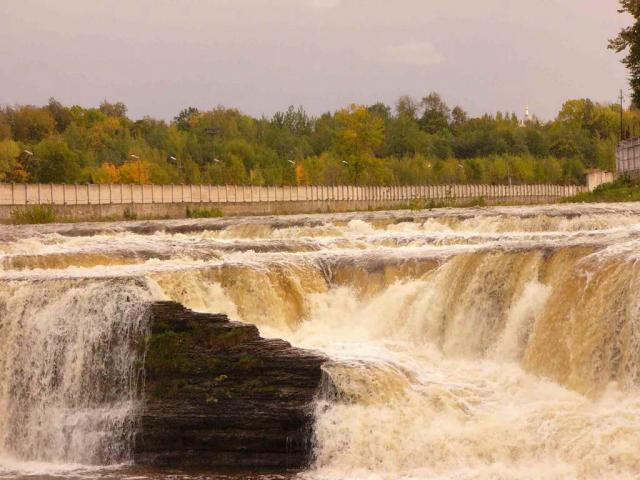 Нарвские водопады (Ивангород)